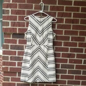 H&M womens sleeveless dress